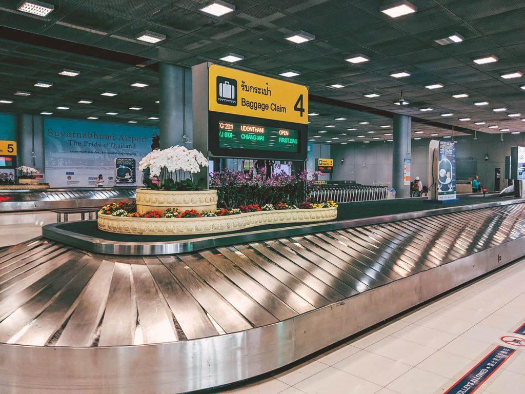 Ritiro bagagli aeroporto