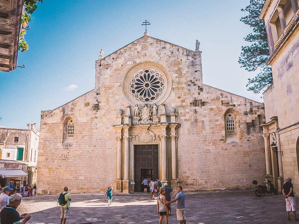 Cattedrale di Santa Maria Annunziata con i bambini
