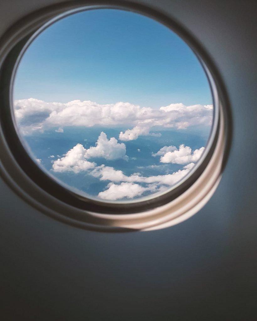 Finestrino volo aereo bambini con Ryanair